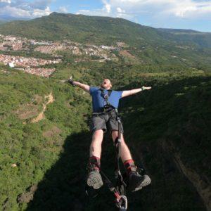 Bungee jumping 140 metros, mas largo de sudamerica en san gil colombia